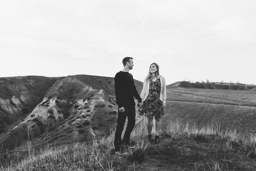 lethbridge-photographer-love-and-be-loved-photography-jessica-john-engagement-picture-image-photo-34.jpg