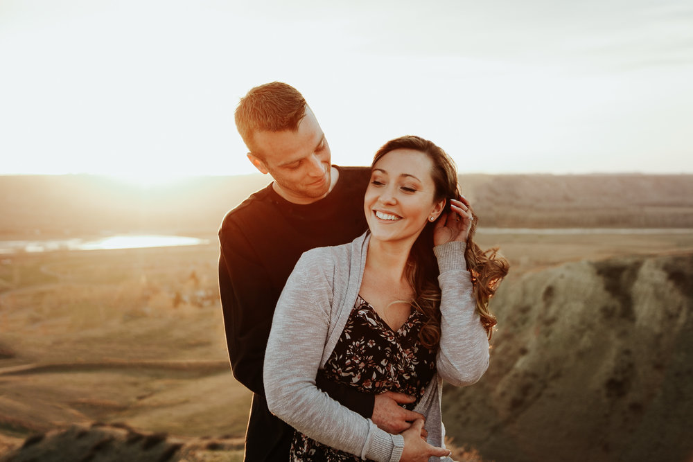 lethbridge-photographer-love-and-be-loved-photography-jessica-john-engagement-picture-image-photo-52.jpg