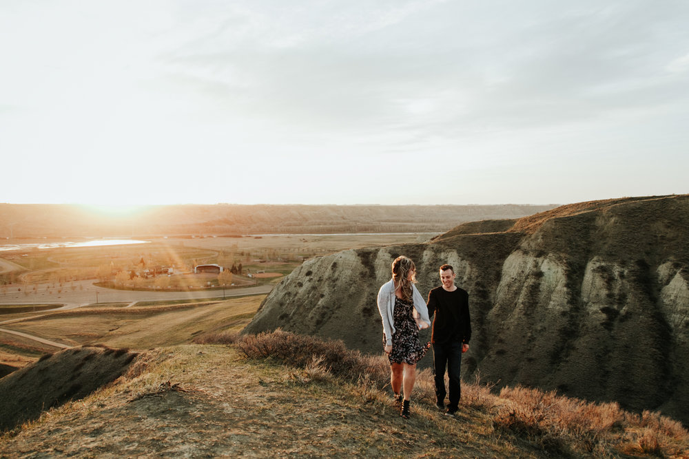 lethbridge-photographer-love-and-be-loved-photography-jessica-john-engagement-picture-image-photo-57.jpg