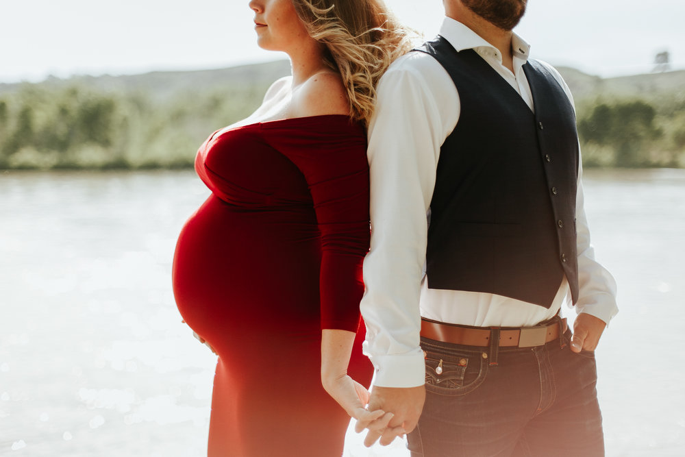 lethbridge-photographer-love-and-be-loved-photography-katie-maternity-birth-photographer-picture-image-photo-9.jpg