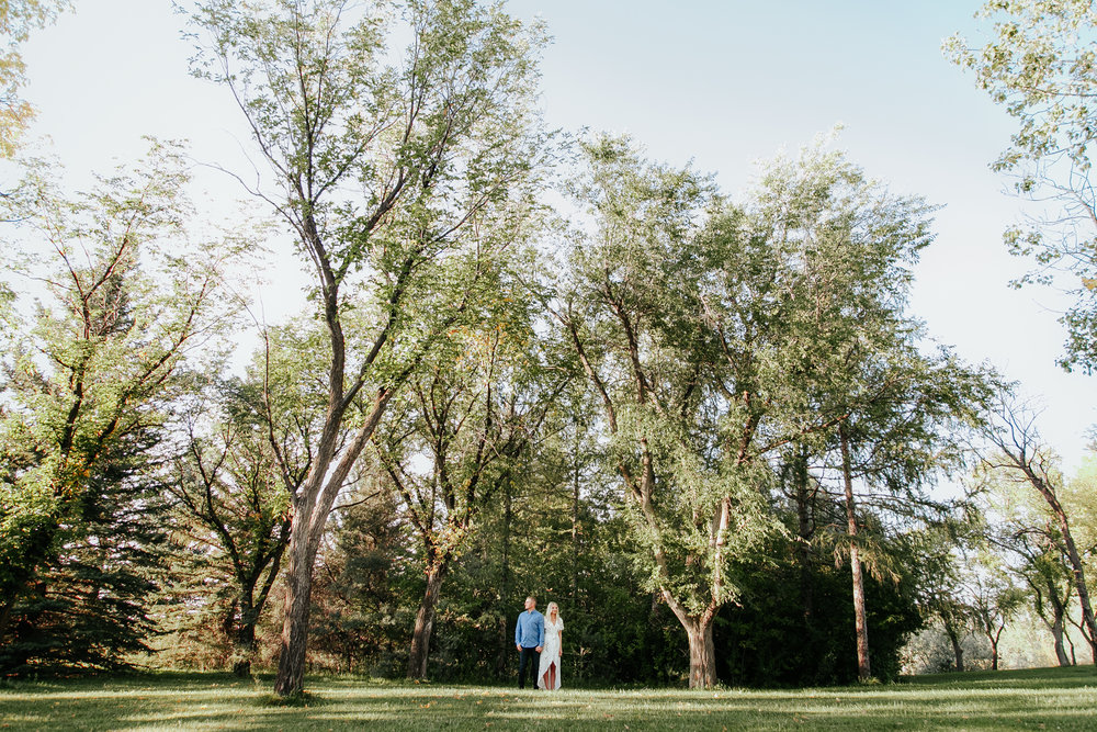 lethbridge-photographer-love-and-be-loved-photography-kristen-josh-engagement-engaged-portraits-picture-image-photo-12.jpg