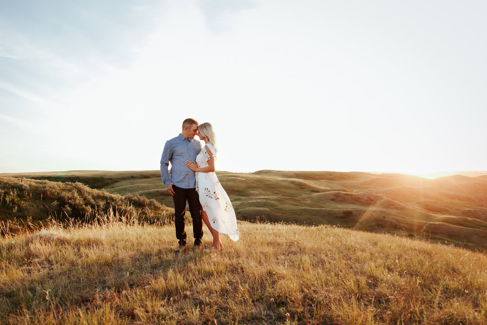 lethbridge-photographer-love-and-be-loved-photography-kristen-josh-engagement-engaged-portraits-picture-image-photo-31.jpg