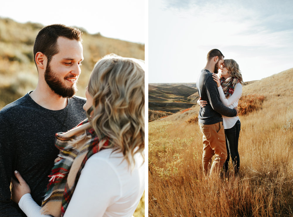 love-and-be-loved-photography-lethbridge-photographer-cody-leah-engagement-coulees-sunset-photo-image-picture-80.jpg