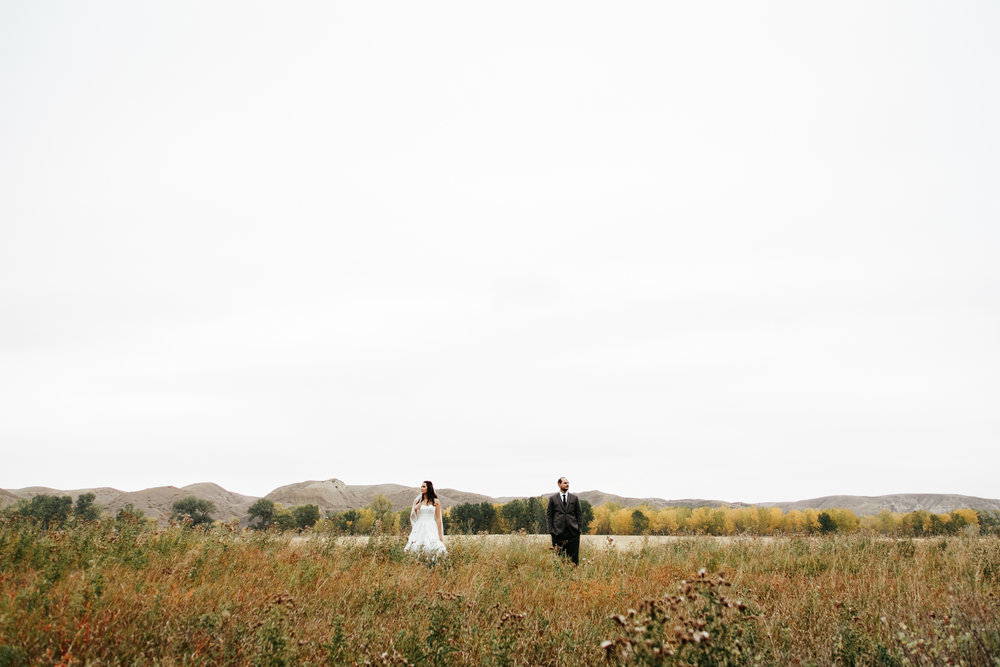 lethbridge-wedding-photographer-love-and-be-loved-photography-laura-mike-anniversary-session-engagement-portraits-picture-image-portrait-12.jpg