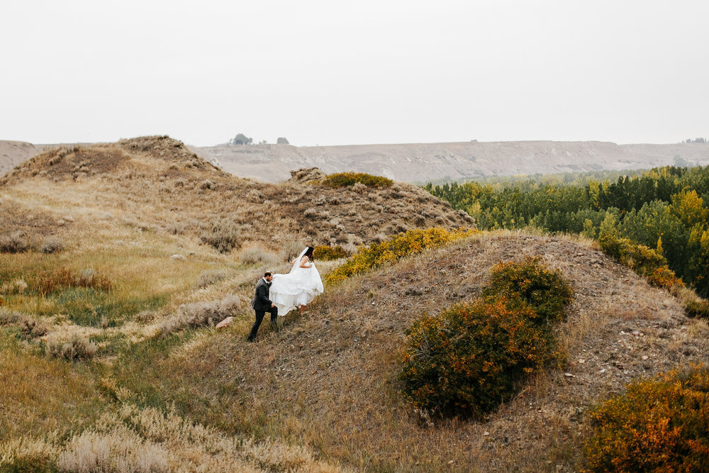 lethbridge-wedding-photographer-love-and-be-loved-photography-laura-mike-anniversary-session-engagement-portraits-picture-image-portrait-29.jpg