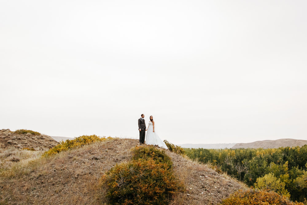 lethbridge-wedding-photographer-love-and-be-loved-photography-laura-mike-anniversary-session-engagement-portraits-picture-image-portrait-32.jpg