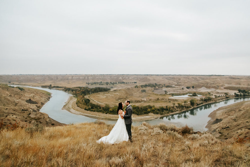 lethbridge-wedding-photographer-love-and-be-loved-photography-laura-mike-anniversary-session-engagement-portraits-picture-image-portrait-54.jpg