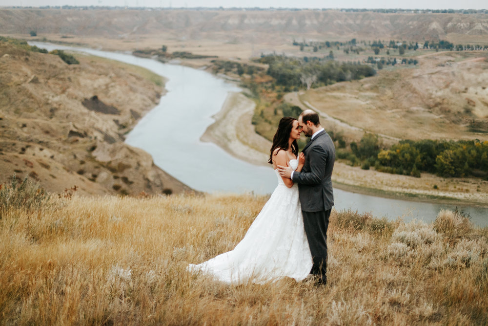 lethbridge-wedding-photographer-love-and-be-loved-photography-laura-mike-anniversary-session-engagement-portraits-picture-image-portrait-55.jpg