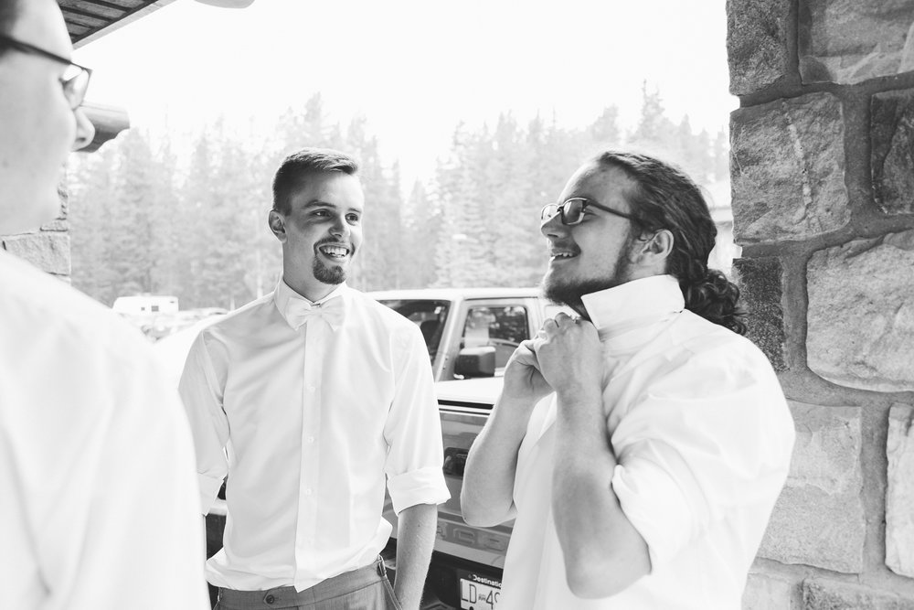 love-and-be-loved-photography-lake-louise-wedding-banff-photographers-carter-kayla-photo-image-picture-5.jpg