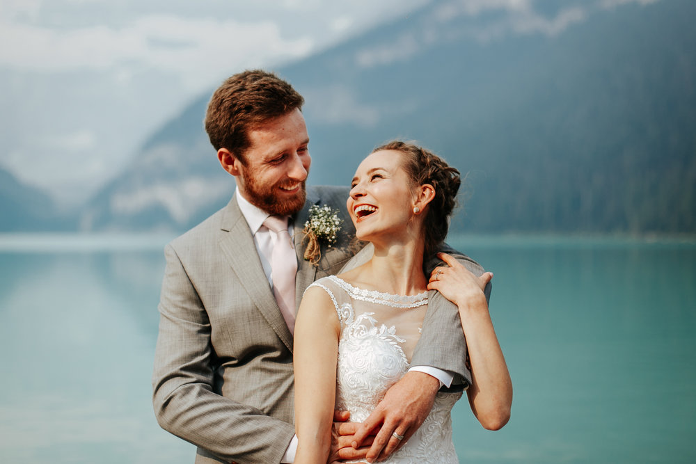 love-and-be-loved-photography-lake-louise-wedding-banff-photographers-carter-kayla-photo-image-picture-30.jpg