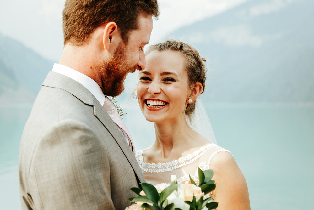love-and-be-loved-photography-lake-louise-wedding-banff-photographers-carter-kayla-photo-image-picture-35.jpg
