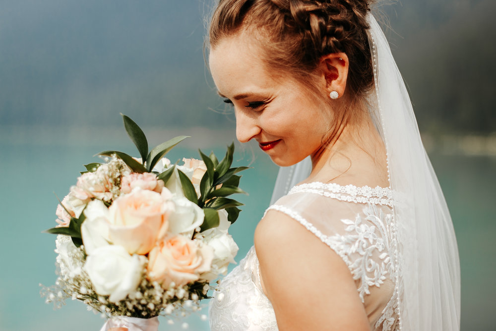 love-and-be-loved-photography-lake-louise-wedding-banff-photographers-carter-kayla-photo-image-picture-39.jpg