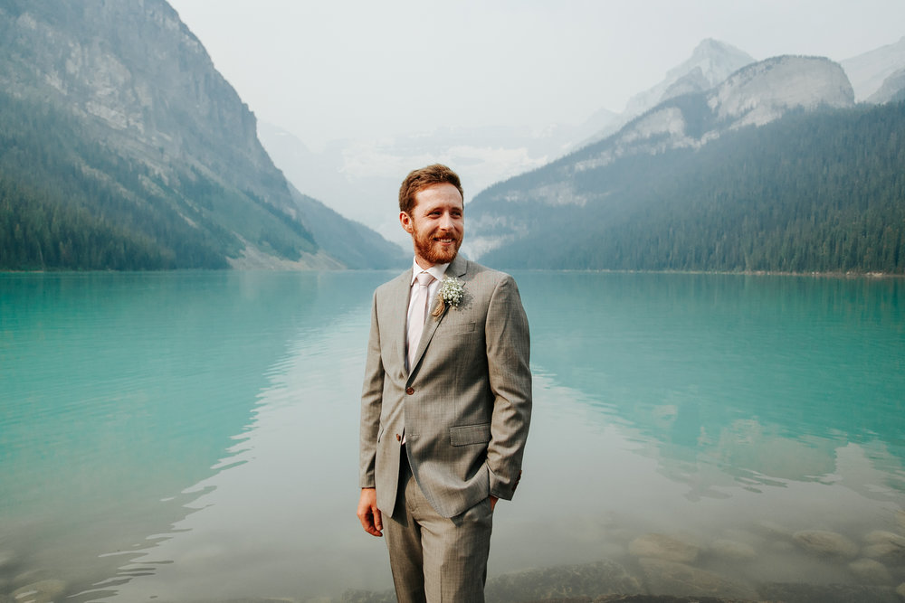 love-and-be-loved-photography-lake-louise-wedding-banff-photographers-carter-kayla-photo-image-picture-40.jpg
