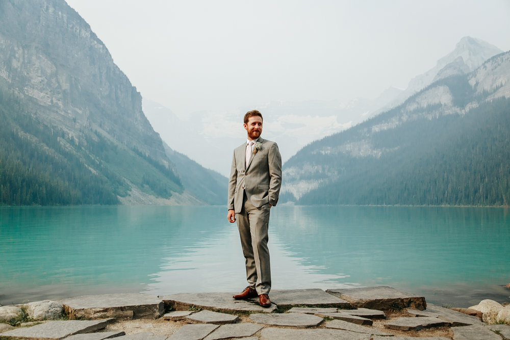 love-and-be-loved-photography-lake-louise-wedding-banff-photographers-carter-kayla-photo-image-picture-41.jpg