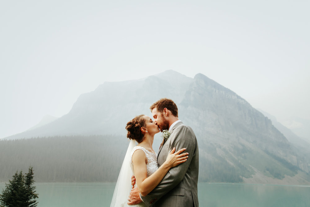 love-and-be-loved-photography-lake-louise-wedding-banff-photographers-carter-kayla-photo-image-picture-51.jpg