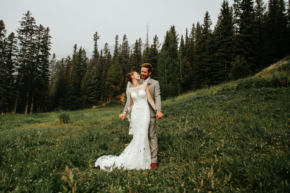 love-and-be-loved-photography-lake-louise-wedding-banff-photographers-carter-kayla-photo-image-picture-57.jpg