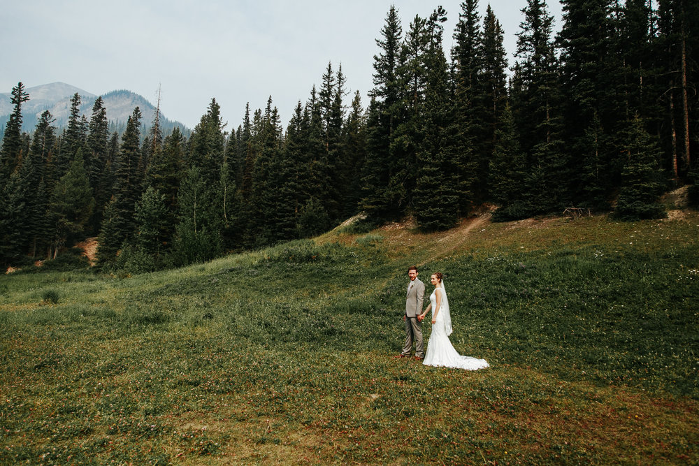 love-and-be-loved-photography-lake-louise-wedding-banff-photographers-carter-kayla-photo-image-picture-59.jpg