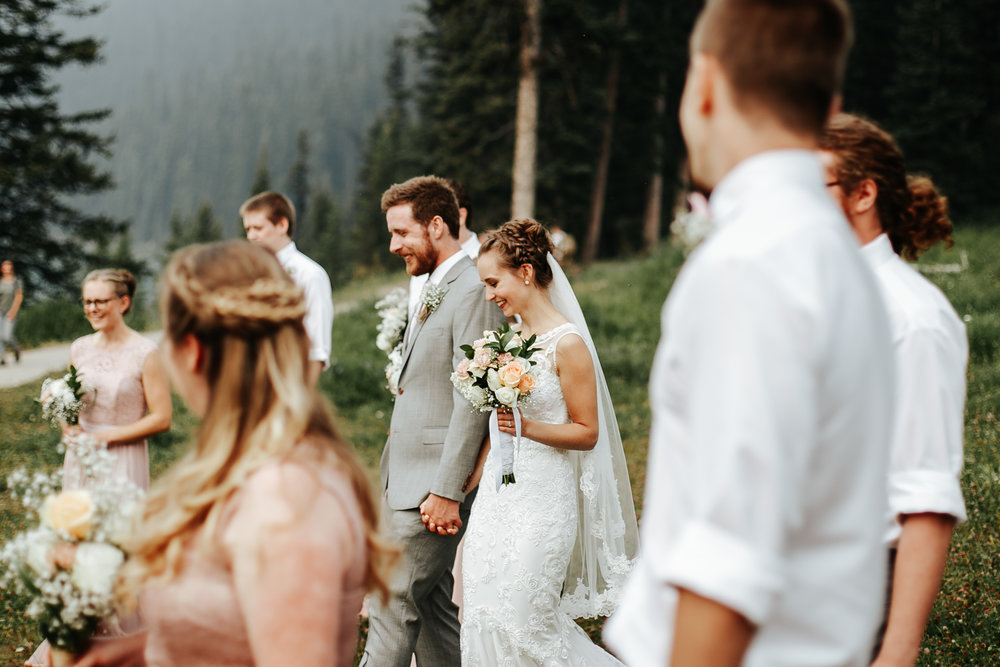 love-and-be-loved-photography-lake-louise-wedding-banff-photographers-carter-kayla-photo-image-picture-74.jpg