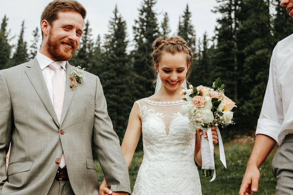love-and-be-loved-photography-lake-louise-wedding-banff-photographers-carter-kayla-photo-image-picture-75.jpg