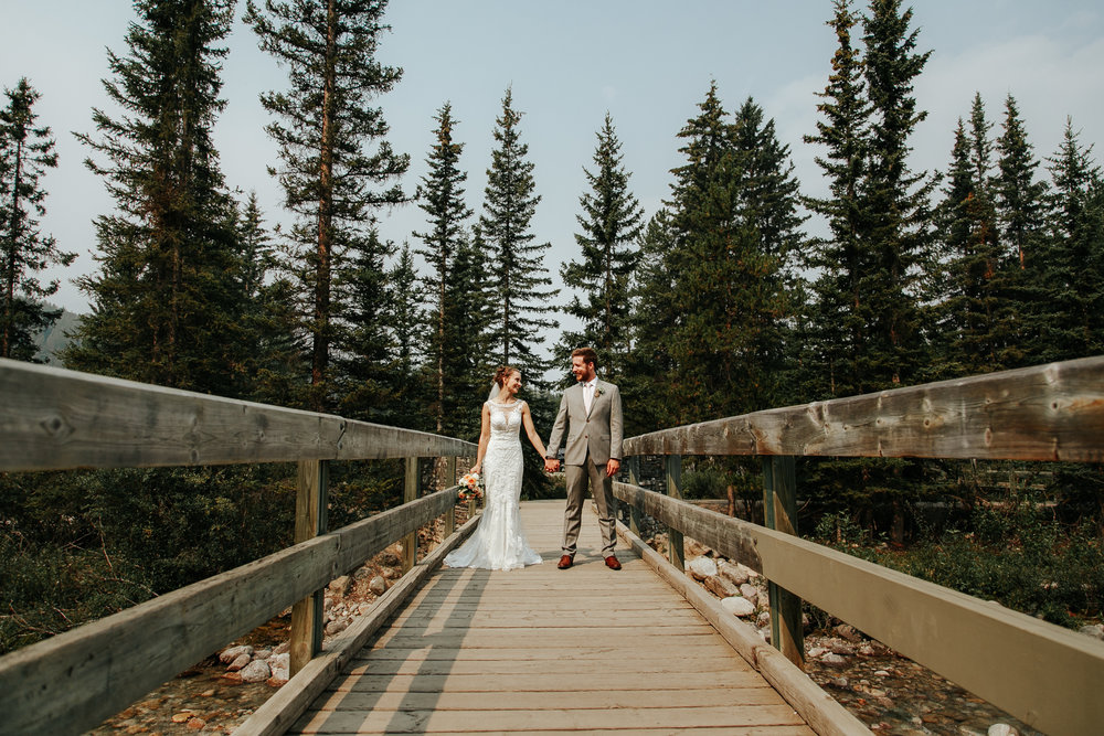 love-and-be-loved-photography-lake-louise-wedding-banff-photographers-carter-kayla-photo-image-picture-100.jpg