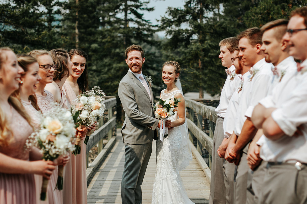 love-and-be-loved-photography-lake-louise-wedding-banff-photographers-carter-kayla-photo-image-picture-104.jpg