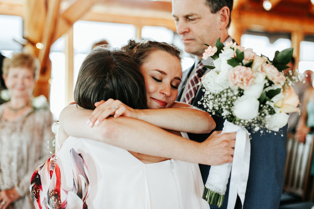 love-and-be-loved-photography-lake-louise-wedding-banff-photographers-carter-kayla-photo-image-picture-134.jpg