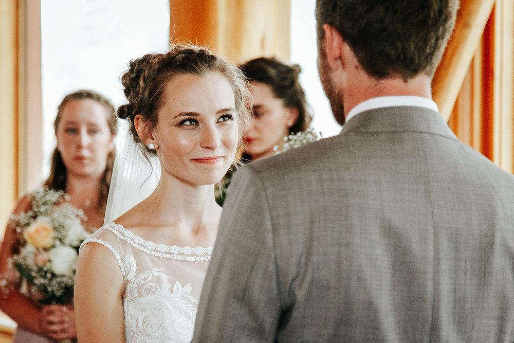 love-and-be-loved-photography-lake-louise-wedding-banff-photographers-carter-kayla-photo-image-picture-138.jpg