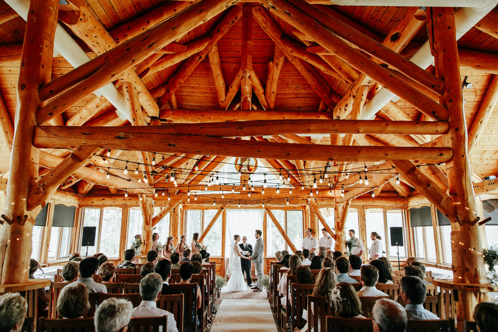love-and-be-loved-photography-lake-louise-wedding-banff-photographers-carter-kayla-photo-image-picture-137.jpg