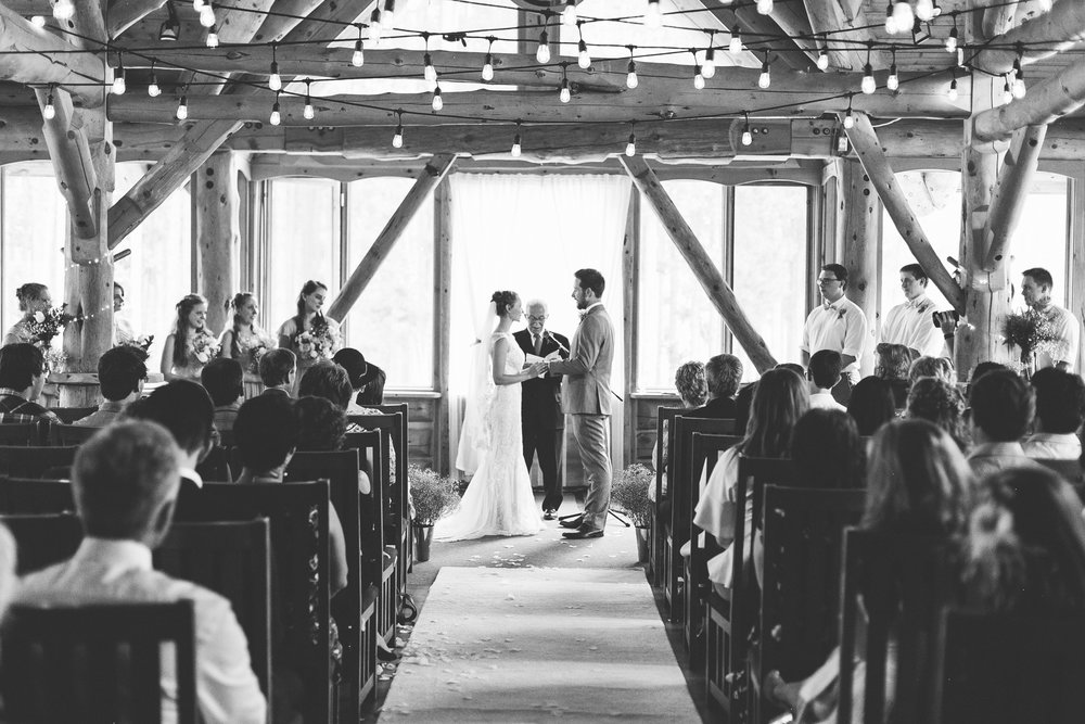 love-and-be-loved-photography-lake-louise-wedding-banff-photographers-carter-kayla-photo-image-picture-141.jpg