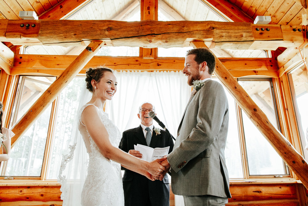 love-and-be-loved-photography-lake-louise-wedding-banff-photographers-carter-kayla-photo-image-picture-143.jpg