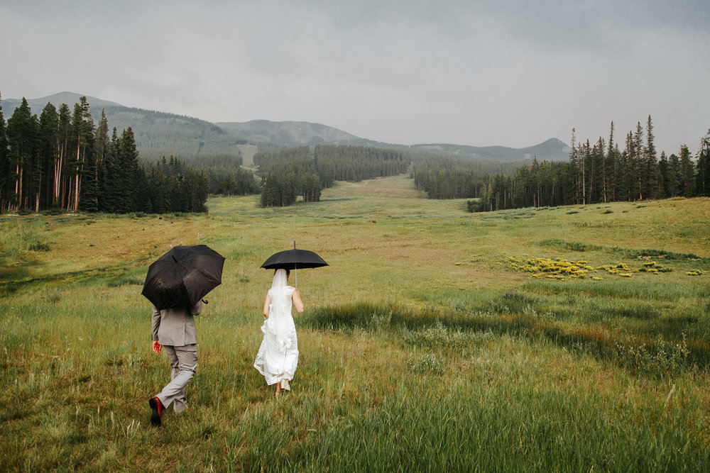 love-and-be-loved-photography-lake-louise-wedding-banff-photographers-carter-kayla-photo-image-picture-155.jpg
