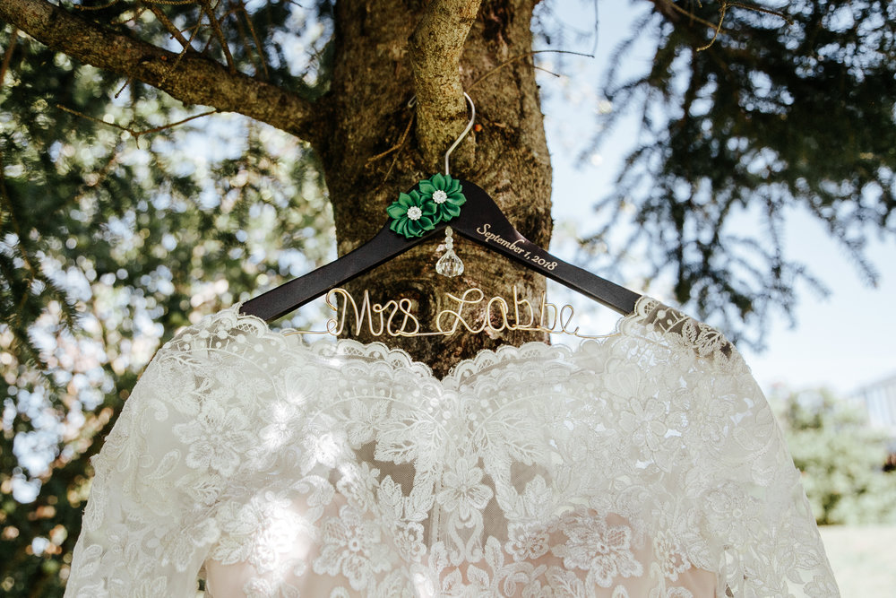 love-and-be-loved-photography-destination-wedding-newfoundland-photographer-luc-megan-wedding-photo-image-picture-1.jpg