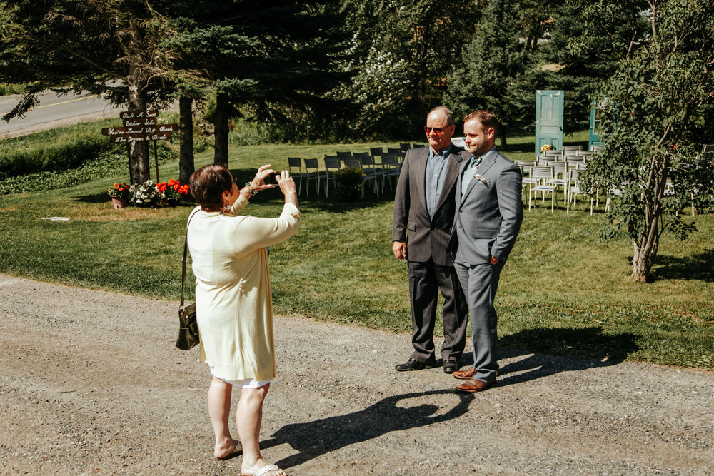 love-and-be-loved-photography-destination-wedding-newfoundland-photographer-luc-megan-wedding-photo-image-picture-44.jpg