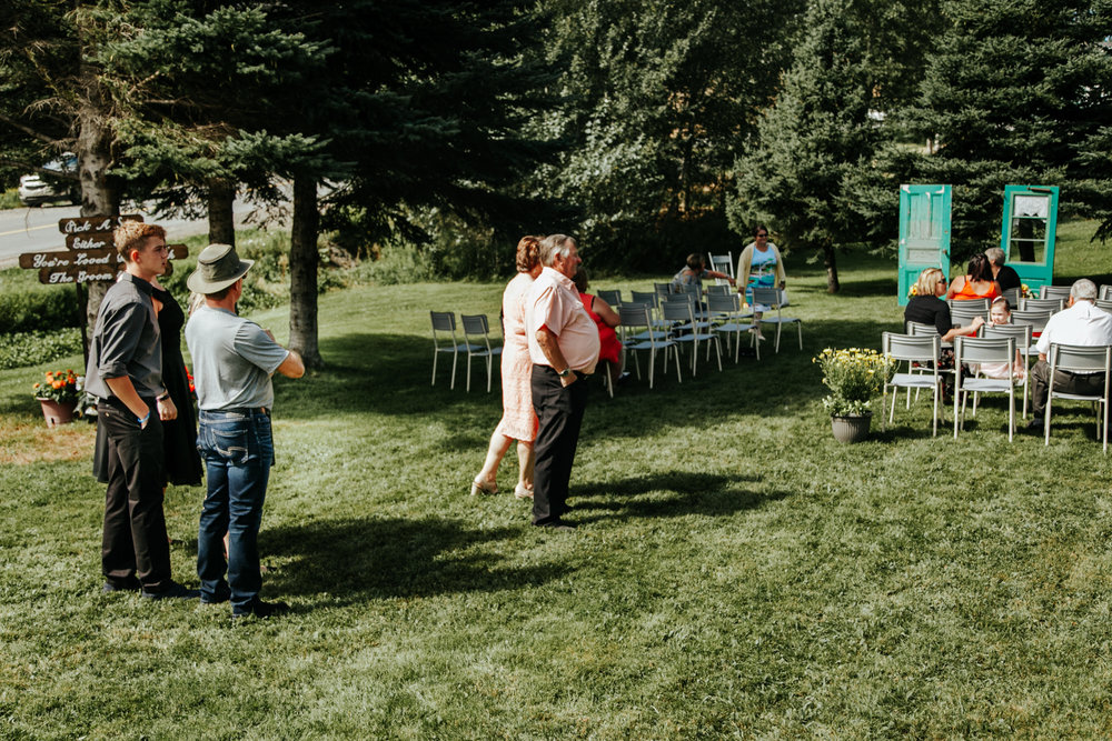 love-and-be-loved-photography-destination-wedding-newfoundland-photographer-luc-megan-wedding-photo-image-picture-46.jpg