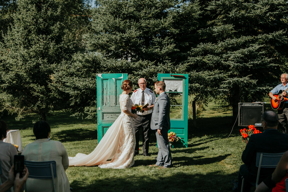 love-and-be-loved-photography-destination-wedding-newfoundland-photographer-luc-megan-wedding-photo-image-picture-61.jpg