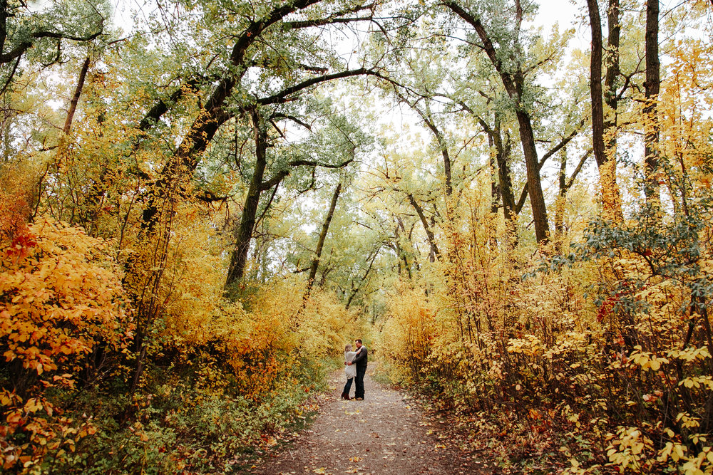 lethbridge-photographer-love-and-be-loved-photography-wedding-engagement-mike-mallory-image-picture-photo-1.jpg