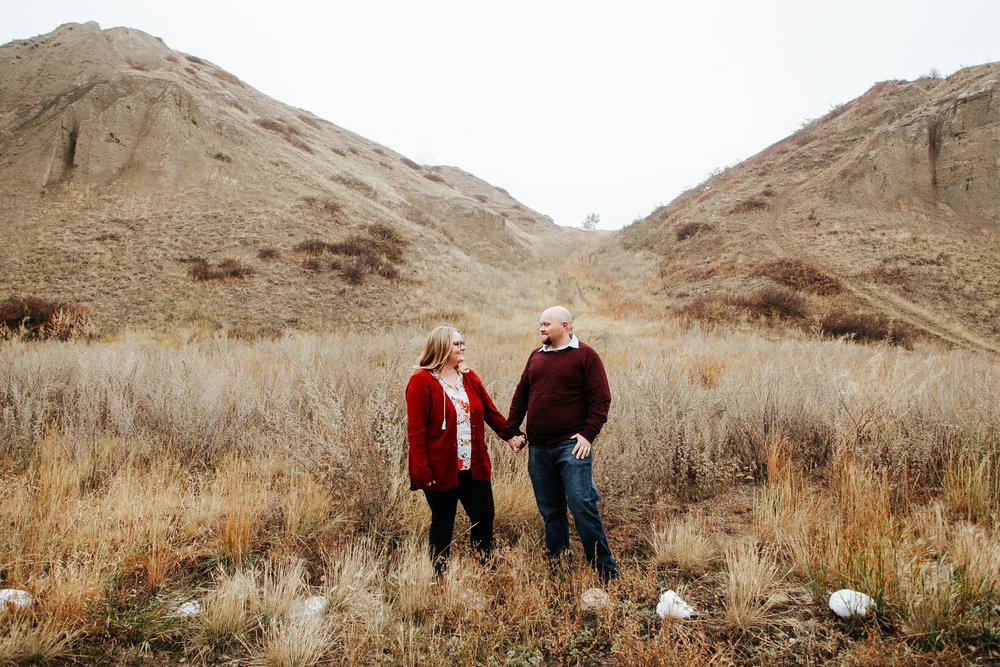 lethbridge-engagement-photographer-love-and-be-loved-photography-gordon-meagan-indian-battle-park-engaged-photo-image-picture-3.jpg