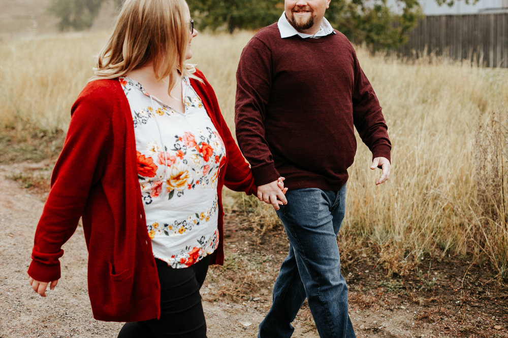 lethbridge-engagement-photographer-love-and-be-loved-photography-gordon-meagan-indian-battle-park-engaged-photo-image-picture-8.jpg