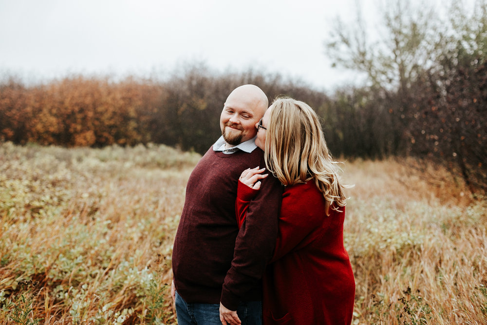 lethbridge-engagement-photographer-love-and-be-loved-photography-gordon-meagan-indian-battle-park-engaged-photo-image-picture-23.jpg