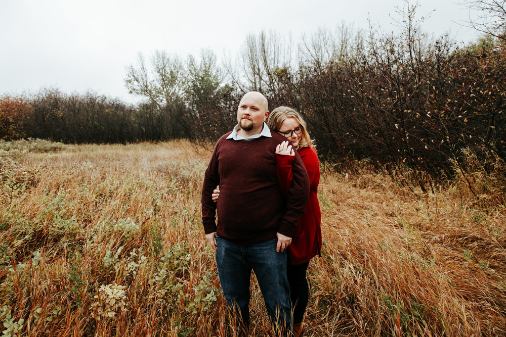 lethbridge-engagement-photographer-love-and-be-loved-photography-gordon-meagan-indian-battle-park-engaged-photo-image-picture-24.jpg