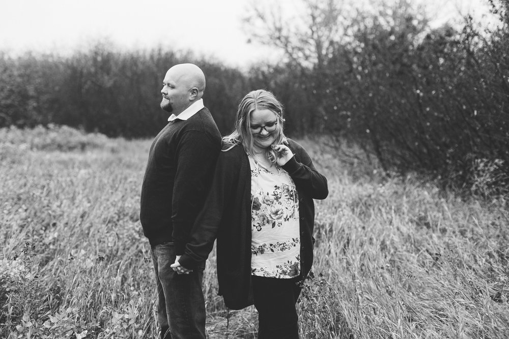 lethbridge-engagement-photographer-love-and-be-loved-photography-gordon-meagan-indian-battle-park-engaged-photo-image-picture-30.jpg