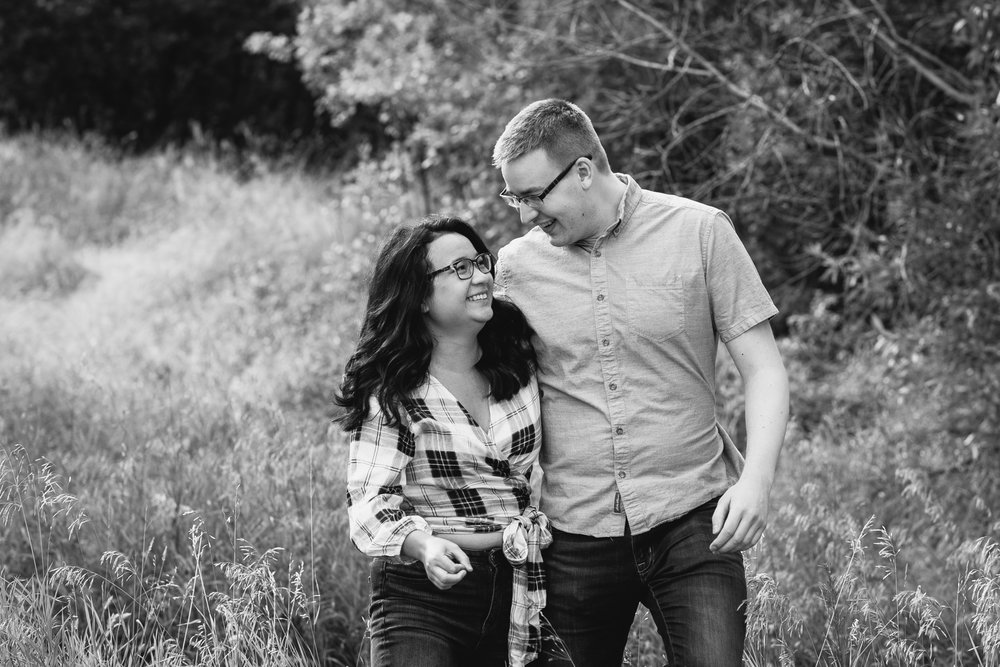 lethbridge-engagement-photographer-love-and-be-loved-photography-megan-owen-indian-battle-park-river-bottom-image-photo-picture-5.jpg