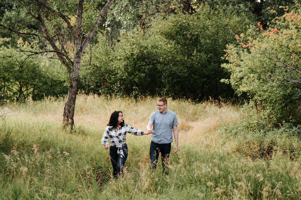 lethbridge-engagement-photographer-love-and-be-loved-photography-megan-owen-indian-battle-park-river-bottom-image-photo-picture-6.jpg
