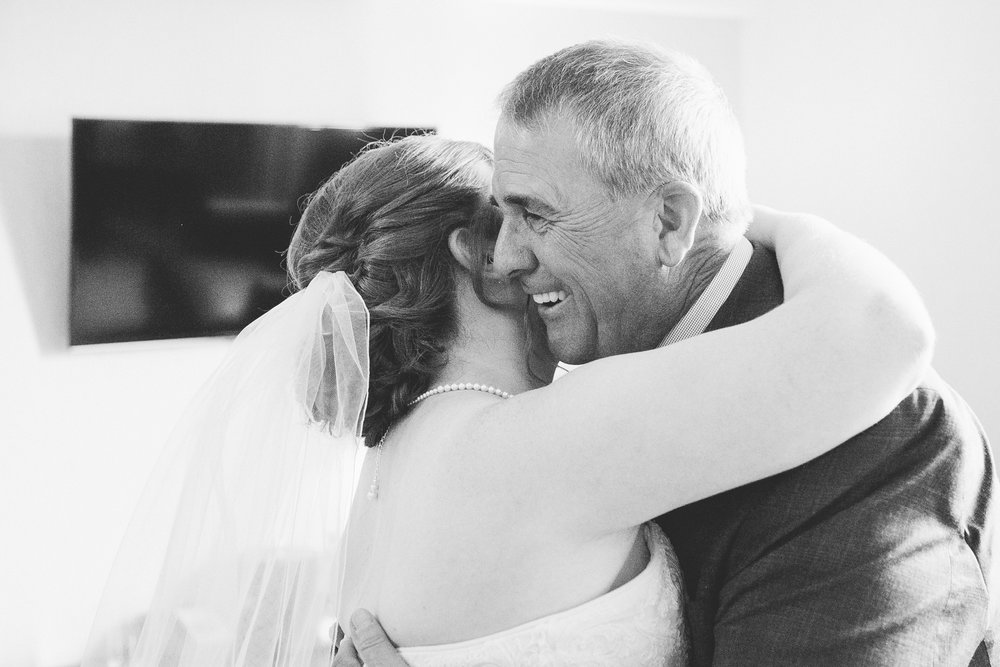 lethbridge-wedding-photographer-love-and-be-loved-photography-mike-carmel-coast-hotel-image-picture-photo-23.jpg