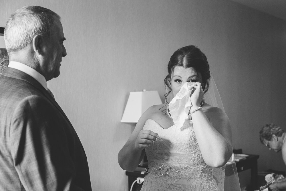 lethbridge-wedding-photographer-love-and-be-loved-photography-mike-carmel-coast-hotel-image-picture-photo-26.jpg