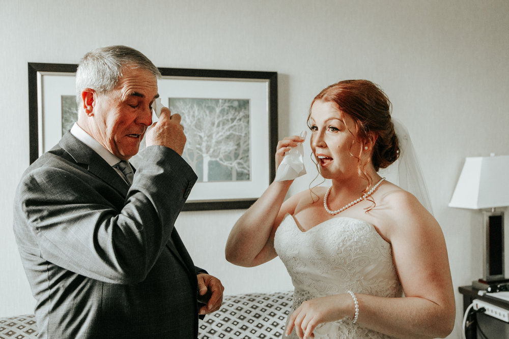 lethbridge-wedding-photographer-love-and-be-loved-photography-mike-carmel-coast-hotel-image-picture-photo-25.jpg