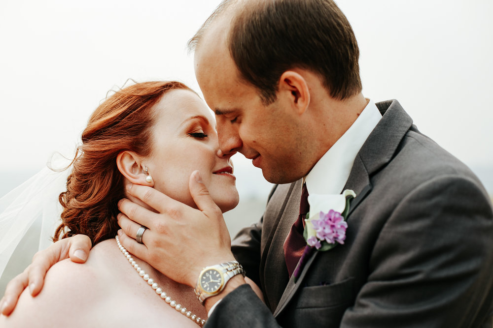 lethbridge-wedding-photographer-love-and-be-loved-photography-mike-carmel-coast-hotel-image-picture-photo-100.jpg