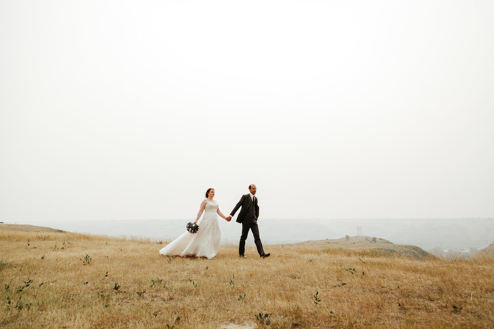 lethbridge-wedding-photographer-love-and-be-loved-photography-mike-carmel-coast-hotel-image-picture-photo-106.jpg