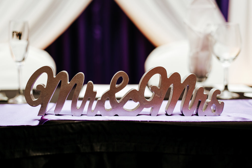 lethbridge-wedding-photographer-love-and-be-loved-photography-mike-carmel-coast-hotel-image-picture-photo-148.jpg