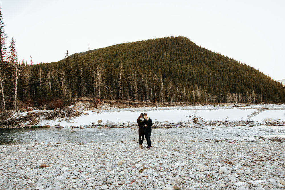 elbow-falls-calgary-photographer-banff-love-and-be-loved-photography-alissia-craig-engagement-image-photo-picture-17.jpg